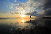 夕暮れの鵠沼海岸 - 四季のいろ