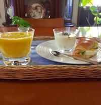 今日の朝食 - ★ Eau Claire ★ Dolce Vita ★