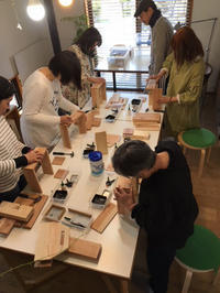 DIYワークショップ『ガーデニングボックスを作ろう』4月の部が終了しました。 - CROSSE 便り