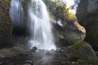 滝の水、絶えず - ふらりぶらりの旅日記