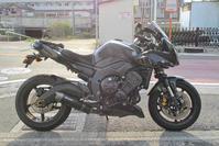 オージー クレ様号 FZ-1のメンテ&グレードアップ♪(^O^)/(Part1) - バイクパーツ買取・販売&バイクバッテリーのフロントロウ!