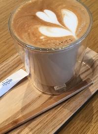 えっ!100円差!? - Kyoto Corgi Cafe