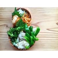 感謝の餃子BENTO - Feeling Cuisine.com
