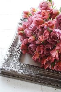 和ばらの季節♪5月は母の日特別サービスです - お花に囲まれて