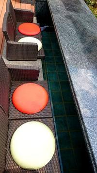 足湯のクッションを新調 - 金沢犀川温泉 川端の湯宿「滝亭」BLOG
