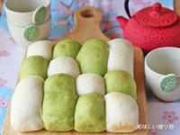 試作 白パン&抹茶パン - 美味しい贈り物