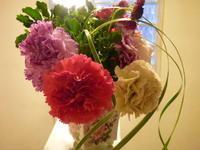 ディグニティー - 花に親しむ(フラワーデザイン)