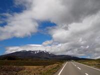 山頂部は雪 - 八ヶ岳 革 ときどき くるみ