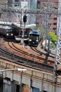 藤田八束の鉄道写真@トワイライトエキスプレス「瑞風」を神戸の街で写真撮る・・花隈城がベスト - 藤田八束の日記