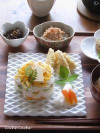 筍のちらし寿司、筍の天ぷら、がんもどきと小松菜の煮浸しなど。 - Cache-Cache+