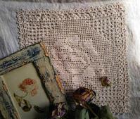バラの物とミルクホール - Knitting Note