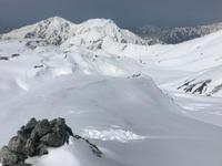 真っ白な雪山って見ていて気持ちがいいね! - じゅんりなブログ