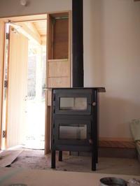 縦型オーブン付き薪ストーブ納品。 - 手作り薪ストーブ kintoku直火工房。