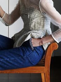 アンティークビーズ刺繍のデニムです - 美人レッスン帳 BELA VISTA編