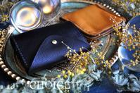 セミオーダー・イタリアンレザー・アリゾナ2つ折りコインキャッチャー財布とエルクL型財布 - 時を刻む革小物 Many CHOICE~ 使い手と共に生きるタンニン鞣しの革
