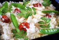 ■【竹の子の炊き込みご飯②】前回ご紹介の 鶏肉をドライトマトに変えただけですが><! - 「料理と趣味の部屋」