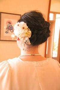 さくら市美容室エスポワールヘアセット&ヘアアクセサリーハンドメイドコサージュ結婚式お呼ばれヘア - 美容室エスポワール