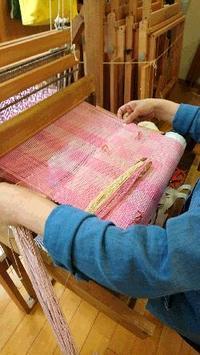 春色タペストリー - 大分手織物語り