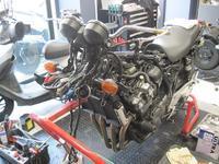 CB400SFの整備 - バイクの横輪