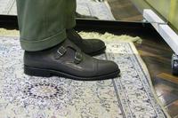 裾ナナメダブルでパンツ → 靴へ、理想の流れを作る。 - BISYUYA BLOG
