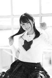 白井花奈ちゃん11 - モノクロポートレート写真館