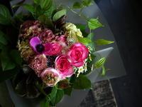 親戚の方へのお祝いのお返しに花束。「ピンク系、明るい感じ」。2018/04/21。 - 札幌 花屋 meLL flowers