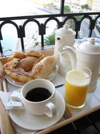 過去の海外旅行ニースホテルスイスのルームサービス - ゆらりっぷ -yurari's trip-