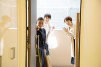 サラちゃんのお誕生会 〜 その4 助産師さんと誕生会 - チャーリーの部屋