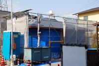 屋根板金葺き/方形の平屋/岡山 - 建築事務所は日々考える