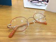 オレンジカラーの NEWYORKERメガネのノハラ京都ファミリー店遠近両用体験ブース - メガネのノハラ 京都ファミリー店 staffblog@nohara