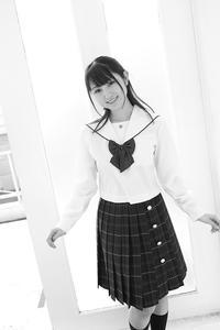 白井花奈ちゃん12 - モノクロポートレート写真館