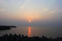 夕景。 - 青い海と空を追いかけて。