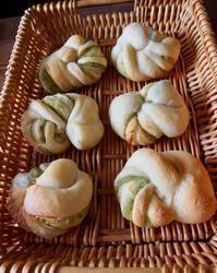 ねじねじ〜ずんだあんぱん@ホシノ - 土浦・つくば の パン教室 Le soleil