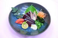 【ディナー】鰹のタタキ期間限定価格のご案内 - 【高知共済会館 COMMUNITY SQUARE】、フェスタフェスタ、レストラン膳のお知らせブログ