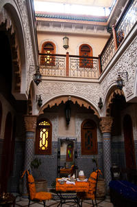 モロッコ旅行:ラバトに戻り、最後の宿泊リヤドへ - ぐりーんらいふ