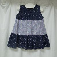 357.紺ピンクドットのワンピース - フリルの子供服