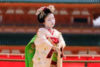 平安神宮例祭翌日祭 奉納舞(先斗町 市沙登さん、市すみさん) - 花景色-K.W.C. PhotoBlog