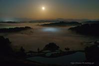 月が出た出た - デジタルで見ていた風景