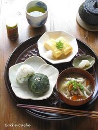 ストウブで一汁一菜ごはん。豚汁と高菜おむすび、だし巻き卵 ~お気に入りの味噌~ - Cache-Cache+