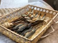 母の日の贈り物に 父が大好きだった「鮎の塩焼き」 - Coucou a table!      クク アターブル!