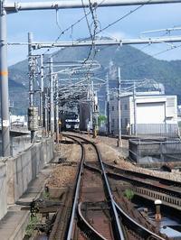 藤田八束の鉄道写真@鉄橋を渡る貨物列車を列車の中からキャッチ・・・意外と難しい瞬間をキャッチ、これぞ満足感!! - 藤田八束の日記