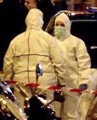 この防護服はナニ?『パリオペラ座で通行人襲撃事件』/ ロイター画像 - 『つかさ組!』