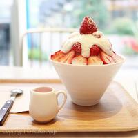 キュートなかき氷とタピオカミルクティー:韓国発カフェ『SELECT CAFE KKOTBING(セレクトカフェ コッビン)』自由が丘 - IkukoDays