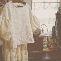 ふわふわお袖のトーションバルーンぶらうす - MIFUMI*  Petite Couture Rie