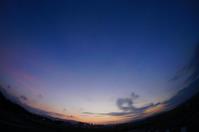 ぎりぎり夜景かな?。 - 青い海と空を追いかけて。