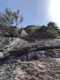 瑞牆山・カンマンボロン「太陽の登(5.12c 6P)」 5Pまで完登 - ちゃおべん丸の徒然登攀日記