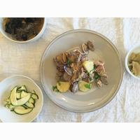 アサリで豚とジャガイモの白ワイン蒸し - Feeling Cuisine.com