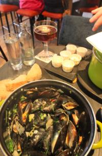 ムール貝のモナセリービール蒸し - Nederlanden地位向上委員会