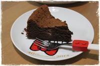 何度も何度も作っちゃう 濃厚!絶品!超簡単で美味しい!我が家の定番チョコレートケーキ - 和小物クリエイター こだわりのあったらいいな♪をカタチに『てしごと日月堂』店主のブログ
