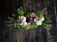 母の日にアレンジメント。「白~ピンク系。やさしい感じ」。2018/05/16。 - 札幌 花屋 meLL flowers